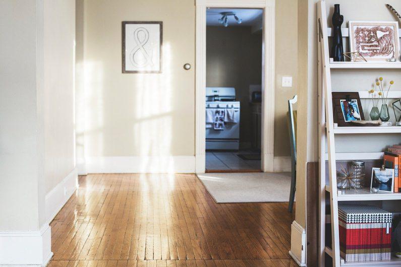 Wybierasz drzwi do mieszkania?